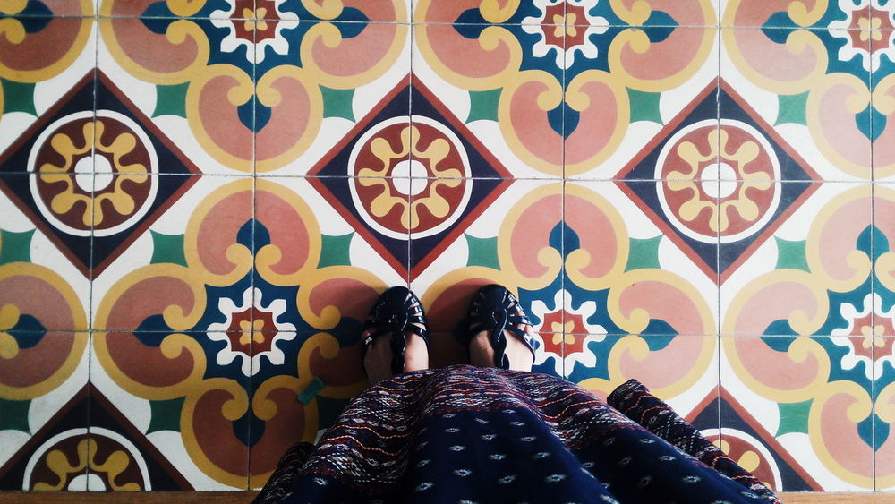 2/2 I have a thing with floors. Lifestyles Standing Human Leg Shoes ♥ Shoefie Design Fashion Pattern Curves And Shapes Multi Colored Mobilephotography EyeEm Gallery EyeemPhilippines Eyeemcagayandeoro Check This Out Art Is Everywhere EyeEmCDO
