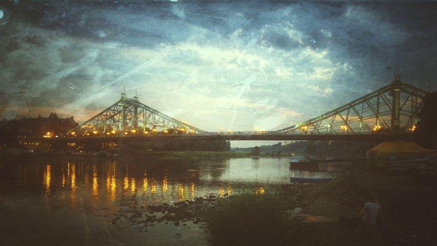 Blaues Wunder Lg G4 Photography Nachtfotografie Nachtaufname Langzeitbelichtung Spiegelung Brücke