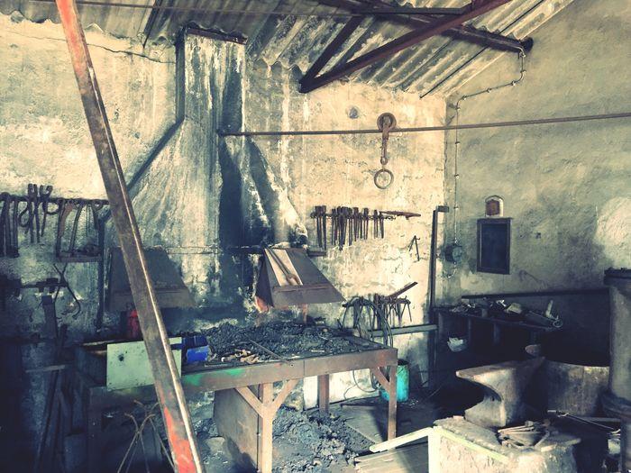 Schmiede der Reinersreuther Granitwerke. Blacksmith's at an old granite factory. Fichtelgebirge Waldstein Lostplaces Industrial