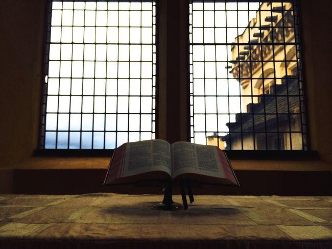 Bible Books Book Window Church Chapel Religion