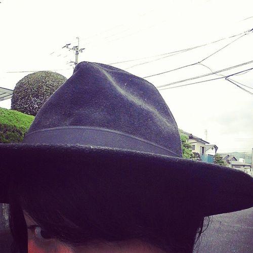 今日は、ハットを被ってお出掛けしてきます✨ ブラック ハット Hat 帽子