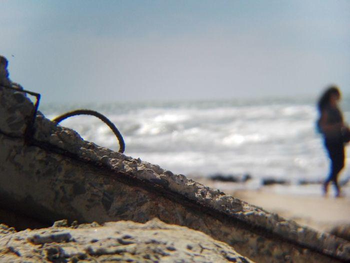 Horizon Over Water Beach Restos Marinos Contaminated Nature