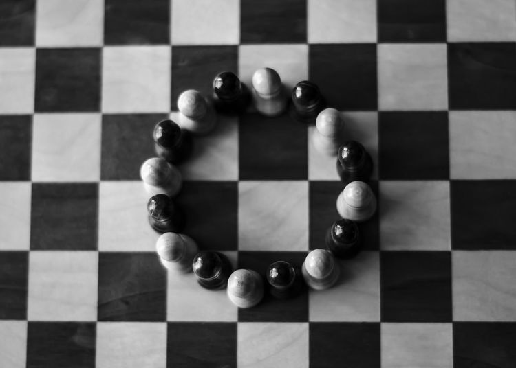 #blackandwhite #chess #circle #Equality #Game #peace #play #round Checked Pattern Chess Board Chess Piece Competition Decisions Geometric Shape Group Of Objects Indoors  Leisure Games Still Life Strategy First Eyeem Photo