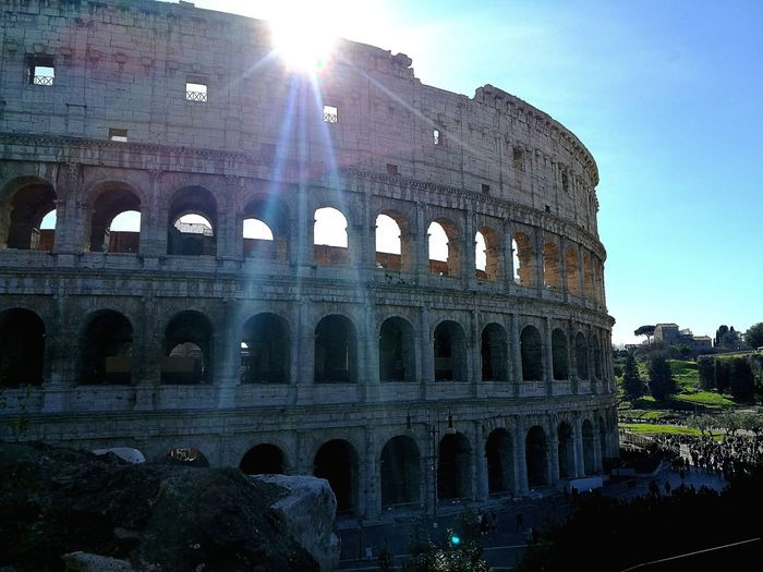 Rome Italy🇮🇹 Colosseum City Travel Beauty EyeEmNewHere Eye4photography  Sunnyday☀️ Sunny Historic Amazing Travel Photography History Sky Architecture Building Exterior Built Structure Close-up Building Moving Around Rome