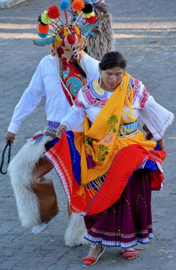 Ecuador♥ Quito Cultures Ecuador Lifestyles Real People Traditional Clothing Traditional Dances