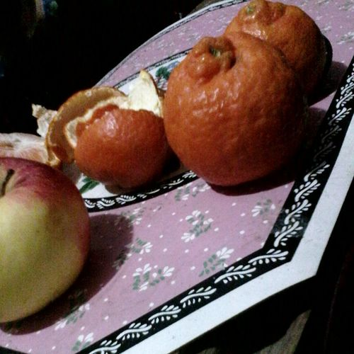 Showcase: February Wolfzuachis Eyeem Market Fruits Fruit Fruitporn Fruity Apple Apples Orange Minole Mandarine Mandarina Mandarins Clementine Yum Clementines Fruct Fructe Fructe