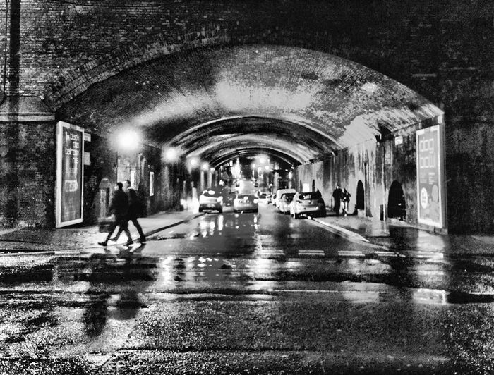 Manchester Victorian Arches Railway Wet Street Streetphoto_bw Nightlife Welcome To Black