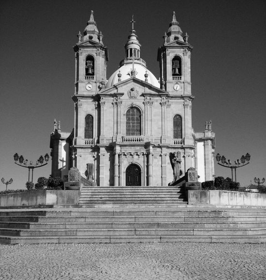 EyeEm Selects Religion Place Of Worship Spirituality Architecture Façade Built Structure Building Exterior Dome Travel Destinations Outdoors No People Statue Day Clear Sky 4.20 Churchesoftheworld Church Church Architecture Portugal Oneplus One Oneplusonephotography Onepluslife OnePlusOne📱 Blackandwhite