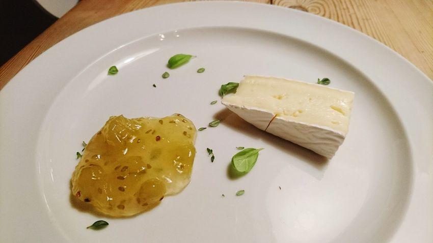 Brie De Ferme Simple Food Apple Food Foodporn Cheese