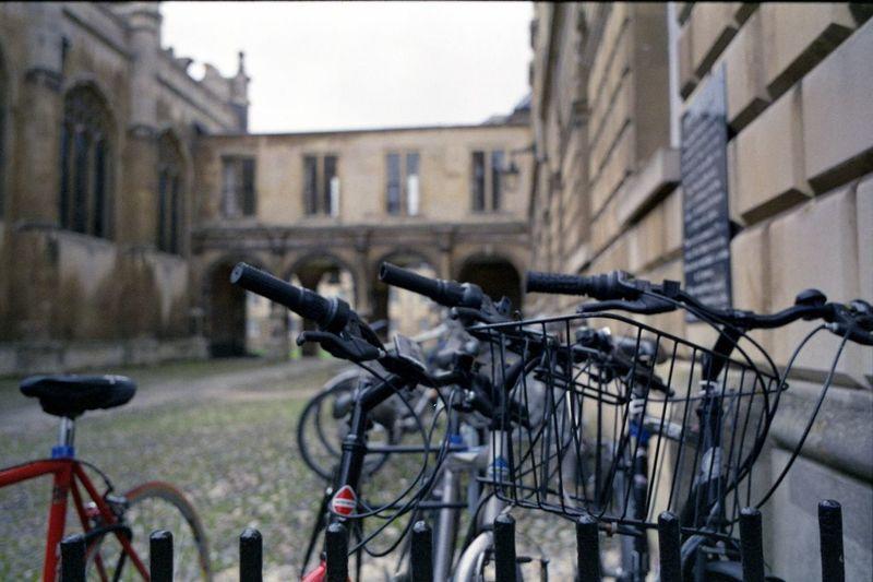 Cambridge, December 2017 EyeEmNewHere Cambridge Film Film Photography Streetphotography Leicacamera Leica M6 Ttl ELMARIT-M 28mm F2.8 Elmarit 28mm Asph Fujifilm Fuji Fuji Xtra 400 Epson V550 Tetenal Colortec C41 Kit Tetenal Gimp