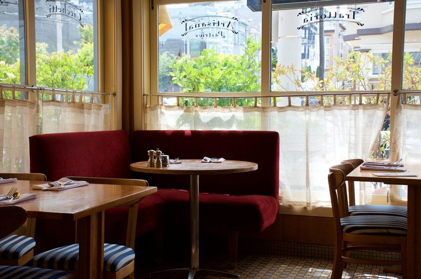San Francisco Brunch Business Cafe Cafe Scene Corner Booth Cozy Place Diner Dining Empty No Business No People Restaurant