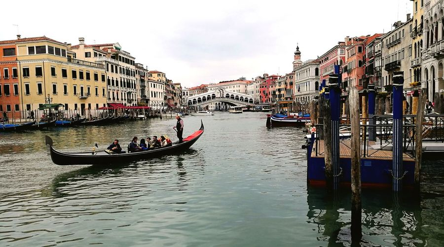 In any moment Venice is Venice ... Gondola - Traditional Boat Taking Photos From My Point Of View Streamzoofamily What Does Freedom Mean To You? Moststunningsky What I Value Tranquil Scene Thepathlesstraveled Traveling Rimember
