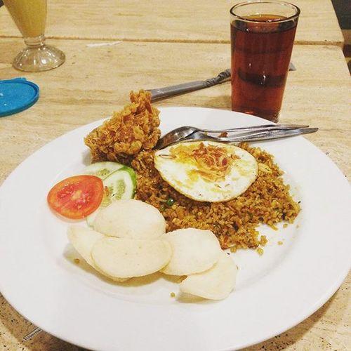 selamat makan malam...Insta Instag Instagram Instafood food vanhollanocafe_pilihankeluarga