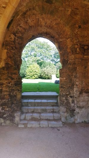 Step Into My World Creative Eye Architecture_collection Visaul Art Arched Windows Ruins Abby Days Out CreativePhotographer Historic Places