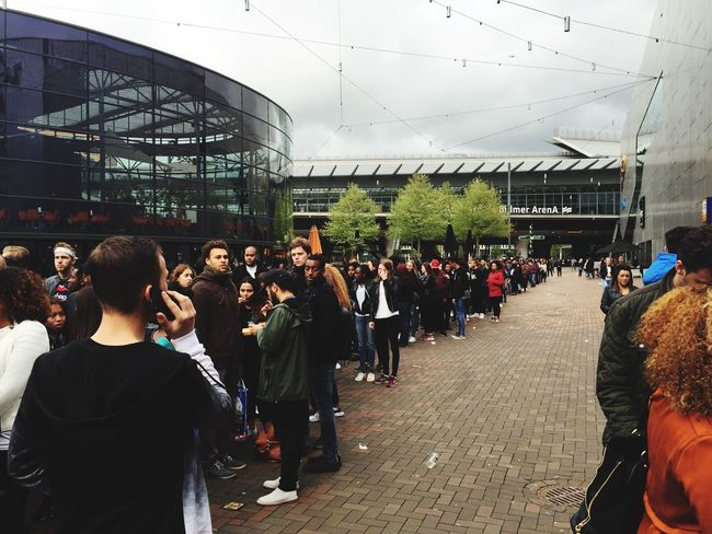 The Fan Club Waiting cue in Amsterdam Concert Fans