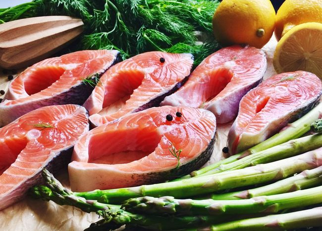 Healthy Eating Food Food And Drink Freshness Seafood High Angle View SLICE No People Indoors  Close-up Day Asparagus Salmon - Seafood Salmonsteak Superfood Superfoodsuperboost