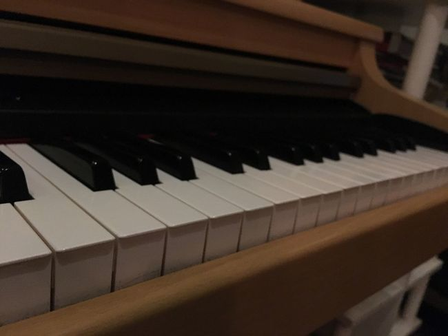 Piano Moments Piano Key Piano Music Arts Culture And Entertainment Musical Instrument Click Click 📷📷📷 Photographer Photography Ngcuong Like Like Photo By Me Coffee Shop