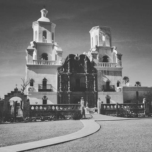 My parents we in town so we decided to drop by the San Xavier Mission outside Tucson. Today's Mission was finished in 1797 after the original structure was razed by Apaches in 1770. The church is the oldest European structure in Arizona and is widely considered to be the finest example of Spanish Colonial Architecture in the United States. Arizona Tucson Sanxavier Church VSCO Optoutside Igsouthwest DickMace