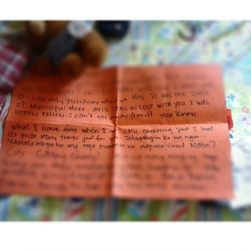 While I'm packing my things i found this letter, it's almost a years a month a day, has past since the day i read this, but the feeling remain hahaha Ilovetheguywhowrotethis AlmostAYear Thankyou Kulit harthart