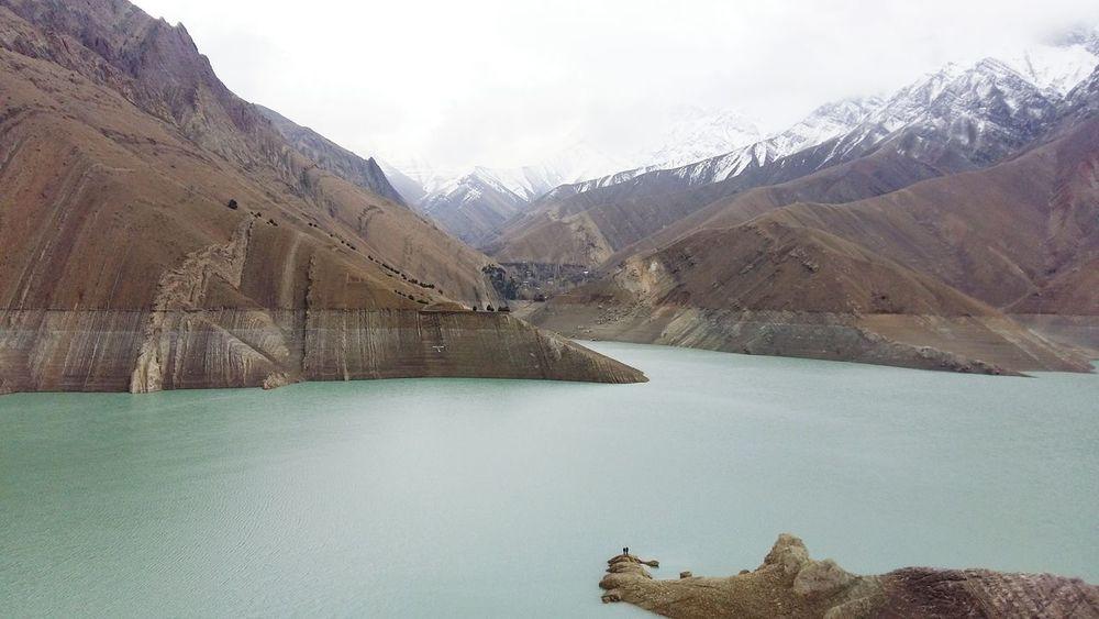 Iran♥ On A Trip Hello World Mountain View Chalous Roadتو مسیر زندگی وقتی به این مناظر زیبا میرسی نمیتونی وای نستیو خیره نشی ... این همه زیبایی ... این همه عظمت ... کار خالق یکتاست 💖💗☝👌.... تقدیمیه به دوست گرامیم 😊😁🌹🌹🌺🌺🌸🌸🌈
