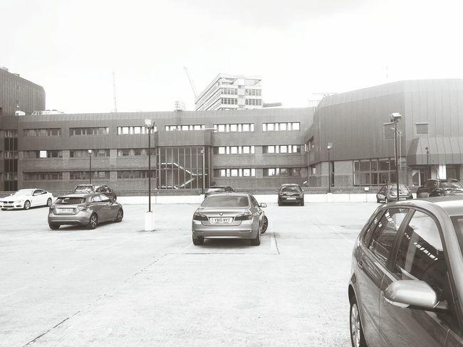 MeinAutomoment Car Cars Carpark Parking Showcase June Parked Leeds Geometric Architecture Urban Landscape Geometric Shapes Atmospheric Mood Buildings Monochrome Black & White Black And White Spaces Architecture Urban Shopping Centre Multi Storey Car Park Multi Storey Car Park Taking Photos Top Floor