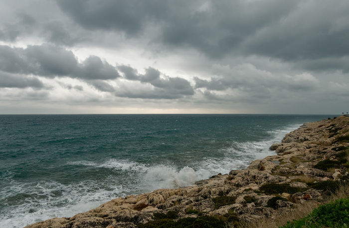 Mediterranean Sea Cloudy Day Mediterranean  Mediterranean Sea Mersin Natural Sky And Clouds Stormy Weather Turkey Beach Beauty In Nature Choppy Waters Horizon Over Water Kızkulesi Narlikuyu Nature Ocean Outdoors Sea Sea View Seascape Seaside Shoreline Tranquility Water Waves