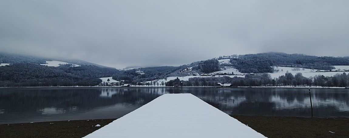 Cloudy day in the snow covered Stubenbergsee Tokina 11-16 Mm F/2,8 Photographers_tr Photographer Photography Canonphotography Canon EOS M5 See Kalt Winter Stubenbergsee Knycl Mountain Lake Snow Water Nature Tranquility No People Winter Mountain Range Sky Outdoors Beauty In Nature Cold Temperature