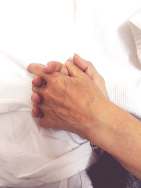 amor de madre Human Hand Body Care Men Women Hospital Hygiene Washing Close-up