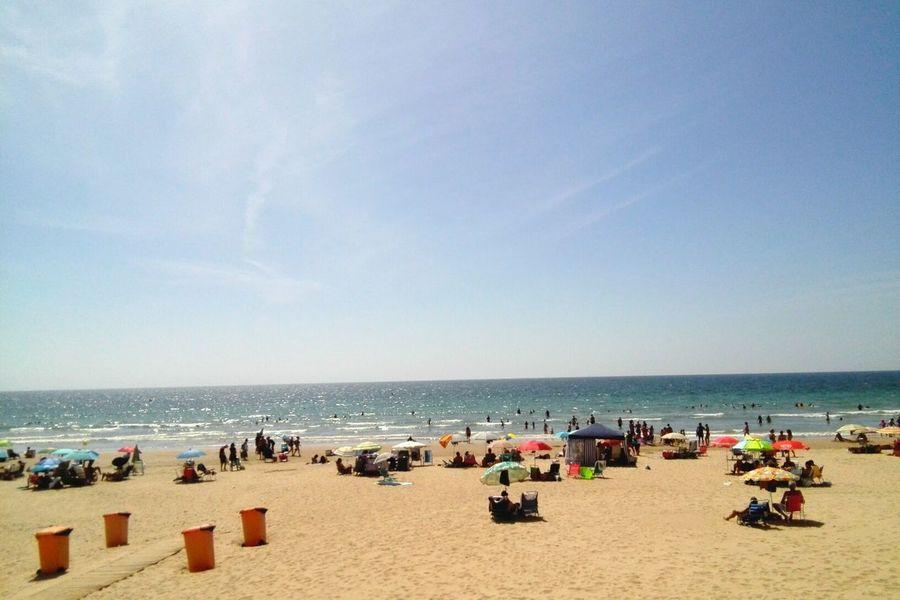 VERANO 2017 Cádiz, Spain Vacaciones Vacances Vacations Summer Mar Mer Sea Blue Playa Plage Sand Beach Outdoors Parasols 青い海 海水浴 ビーチパラソル 南スペイン 夏の思い出 Been There.