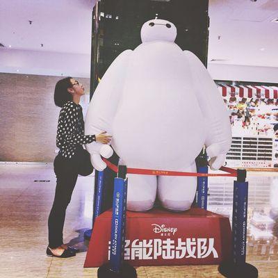 Baymax Love Enjoying Life Cute Holding Hands Hug Guangzhou Portrait Selfie