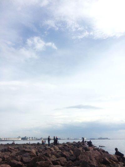 Sky Cloud - Sky Sea Group Of People Land Beach Water