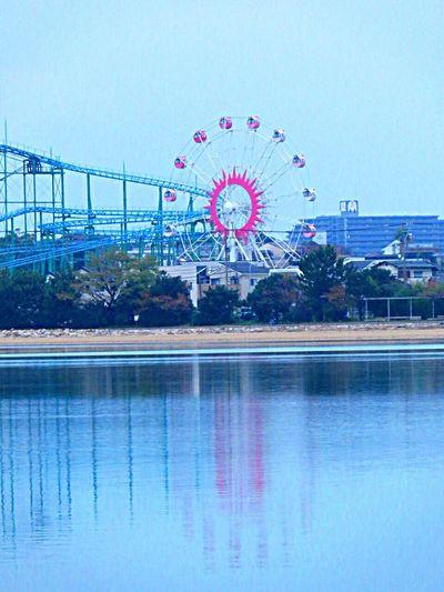 Ferris Wheel Ferriswheelinthecity🎡🎢 Ferriswheel Water Reflections Reflection Amusementpark Amusement Parks Kashii Blue Sea