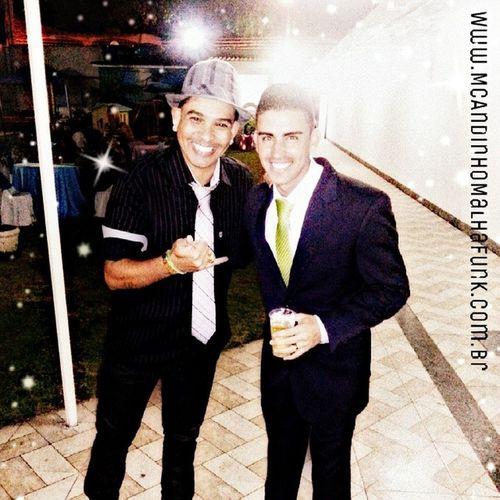 Q festa linda ontem. Casamento do meu grande amigo Fellipe. Felicidades meu Mano. Te Amo! @casamentoefunk Festa Noivos alegria look mcandinho MalhaFunk show FunkAntigo