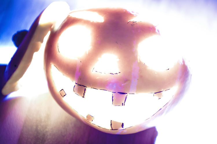 Keep Smiling :) Crazy Colors Confusing Halloween Pumpkin Happy Pumpkin Close-up Indoors  Shining Eyes Flashlight