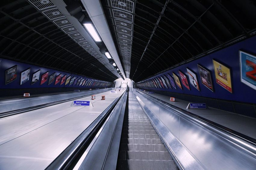 EyeEm Selects EOS 6D EF 24-105mm London EyeEm LOST IN London Subway Station Landscape Architecture Escalator Indoors  Travel Built Structure Transportation Modern The Way Forward Diminishing Perspective