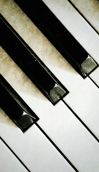 Piano Music Blackandwhite No People Texture I Love Music Music Is My Life Relaxing Time For The Love Of Music Pattern Pieces Monochrome Photography