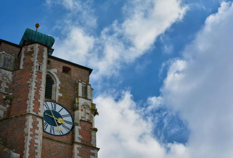 Sky Architecture Building Exterior Built Structure Cloud - Sky Low Angle View Clock Building No People Time Nature Blue Tower Day High Section Clock Tower Outdoors History The Past Window Brick Minute Hand Clock Face