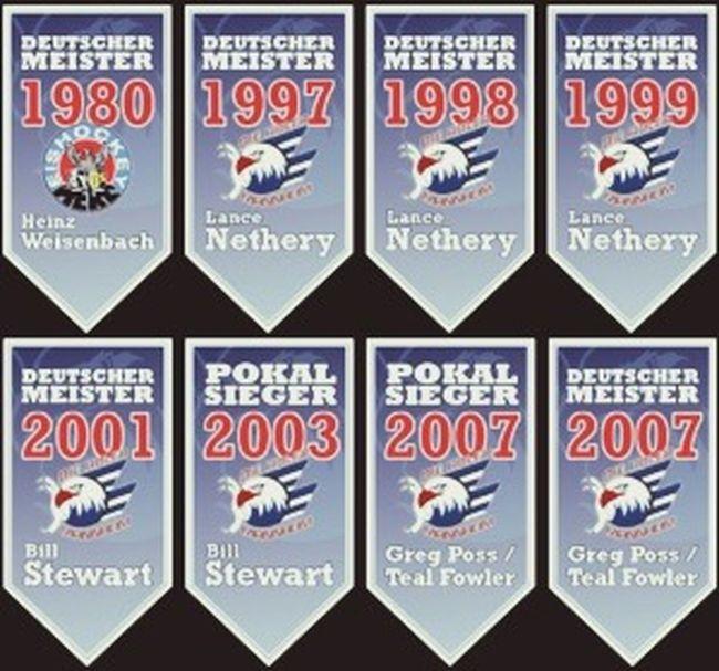 Adlermannheim Merc Deutschemeister 2014hoffentlichauch Blauweißrot Eishockey Icehockey