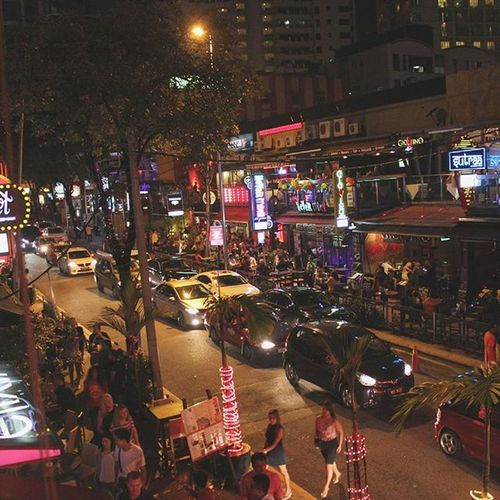 Changket rd, a busy street with a party night. Changkatbukitbintang Changketroad Malaysia Nightlife Nightlifephotography