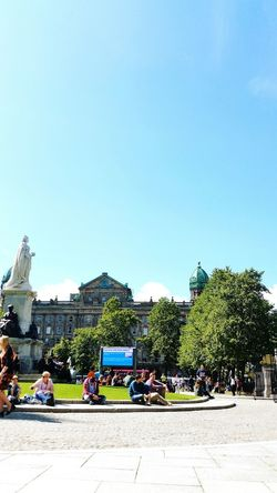 For a change I think we have got a summer! Creative Light And Shadow Belfast Belfast City Hall Sunny How's The Weather Today?