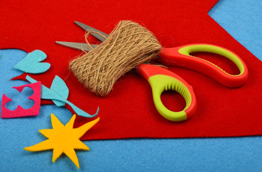 Felt craft desktop, making your own gift for the ones you love Art ArtWork Close-up Color Palette Colorful Colors Colour Of Life Craft Creative Creativity Design Desktop Felt Felt Craft FeltCraft Handicraft Handmade Ideas Making Scissors Twine Vivid Yourself