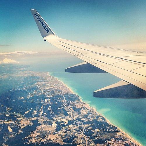 Ahhh, a beach. Buenasdias Barcelona Ryanair