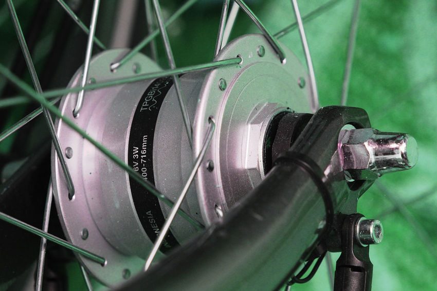 Bicycle Chain Bicycle Hub Close-up Detail Of Bicyc Green Color Metal Metal Hub Spokes Technology