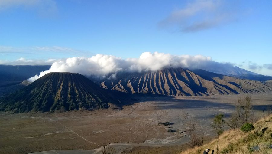Mount Bromo Indonesia Mountain Accidents And Disasters Sky Cloud - Sky Landscape Active Volcano Volcano Volcanic Crater Ash Java Volcanic Rock East Java Province Kilauea Molten Erupting Volcanic Activity Volcanic Landscape Lava Bromo-tengger-semeru National Park Geology Sulphur