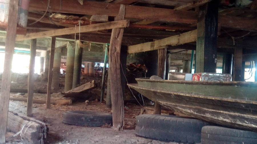 Under House Wood Thailand Countryside Relaxing Boat Pilar Lights