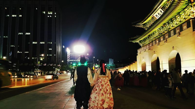 TakeoverContrast Hanbokkorea Gwanghwamun Korea Beautifulcouple Traditional Clothing Old&new Harmony