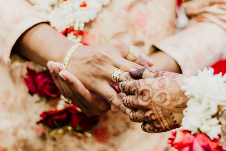 Human Hand Hand Flower Women Newlywed Jewelry Bride Flowering Plant Wedding Ring Life Events Celebration Adult Human Body Part Bracelet Event Midsection People Married Love Wedding Ceremony Couple - Relationship Positive Emotion Springtime Decadence The Photojournalist - 2019 EyeEm Awards