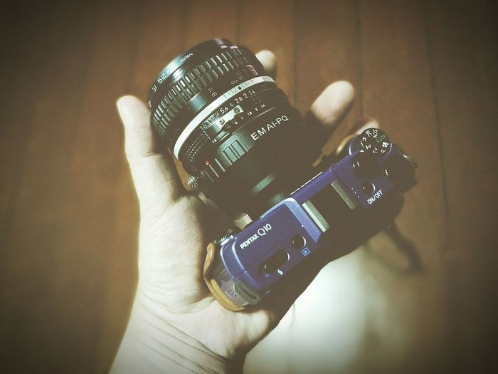 คูณ 2.7 เข้าไปกลายเป็น 135 mm f1.4 PENTAXQ10 Pentax Nikor50mm F1.4