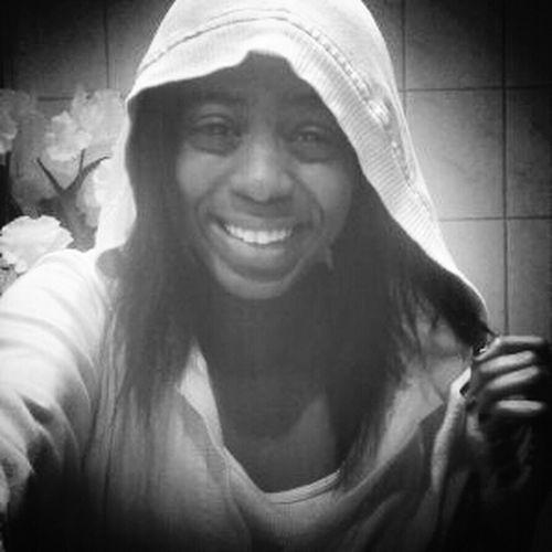 Black & White :] ★ Lips #love #smile #pink #cute #pretty Selfie Love Follow Me On Instagram @itsjustinee15