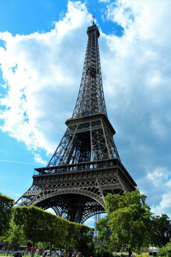 Eiffel Tower Paris Architecture Built Structure City Cloud - Sky Eiffelturm Frankreich Low Angle View Tower Travel Destinations